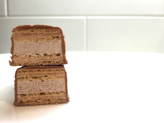coffee-crisp-chocolate-bar-01