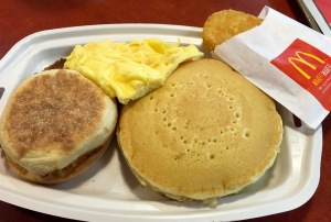 mcdonalds-big-breakfast-pancakes